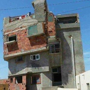 Bu evde bir terslik var!