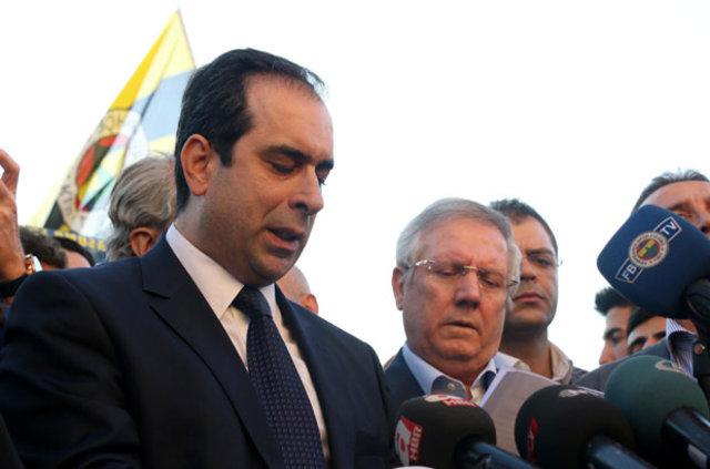 Dick Advocaat'tan Fenerbahçe yönetimine mesaj!