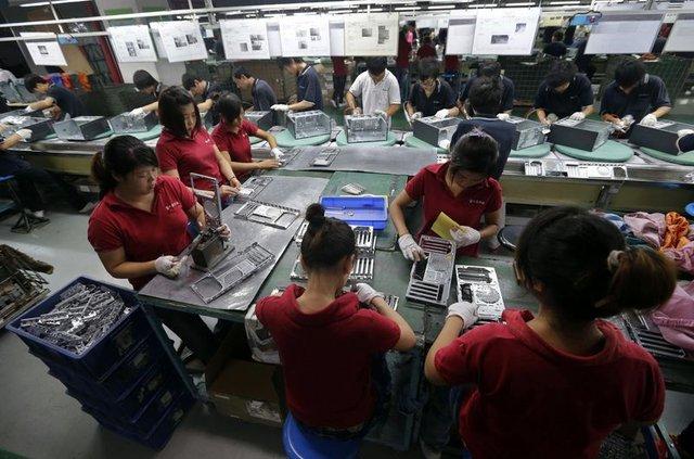 Yeni iPhone'un fiyatı en az 7500 TL olabilir!