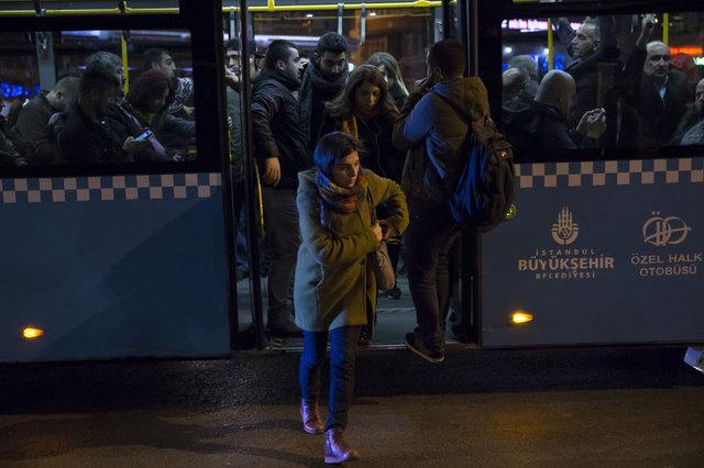 İETT'nin kadın yolculara özel gece düzenlemesi başladı