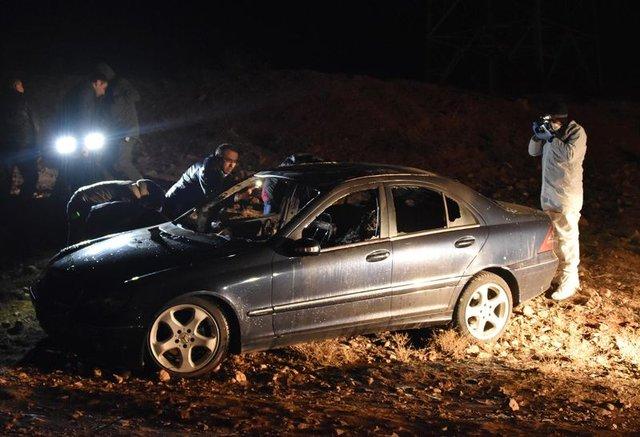 Konya'da lüks otomobilde yanmış erkek cesedi bulundu