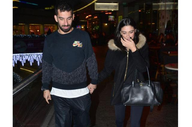 Arda Turan ve Aslıhan'ın ayrıldığını açıkladı