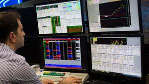Yatırımcılar bu hafta borsa ve dövizle kazandı