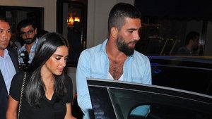 Arda Turan ve Aslıhan Doğan'ın ayrıldığını açıkladı