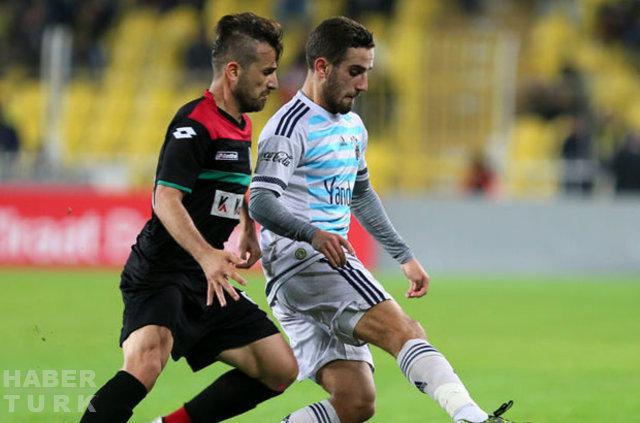 Dünyanın en büyük derbilerinden olan Fenerbahçe-Galatasaray maçının kadro değerleri belli oldu