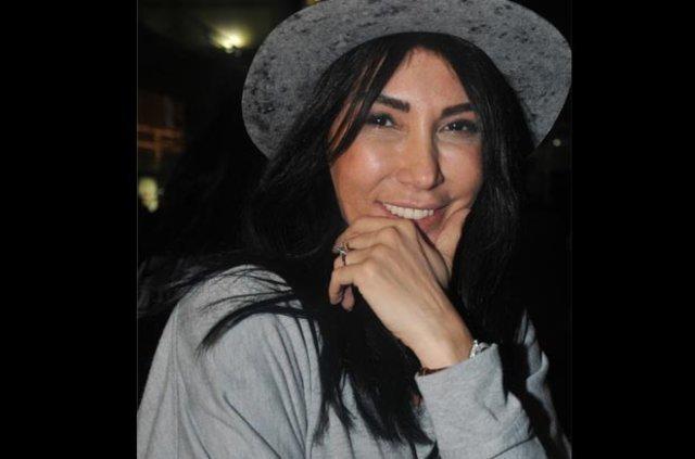 Hande Yener: 45'lik erkek zor