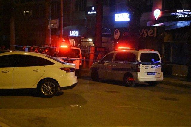 İzmir'de silahlı kavga: 3 ölü, 1 yaralı