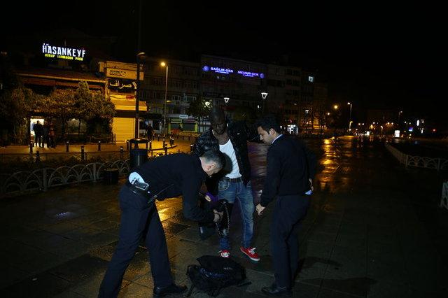 İstanbul'da kaçak göçmen uygulaması