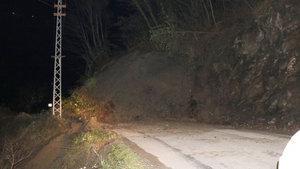 Kastamonu'da heyelan 13 köye ulaşımı engelledi