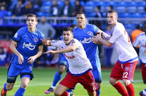 Kasımpaşa - Kardemir Karabükspor maçı izle