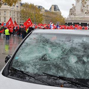Fransa'da PKK'lılardan alçak saldırı