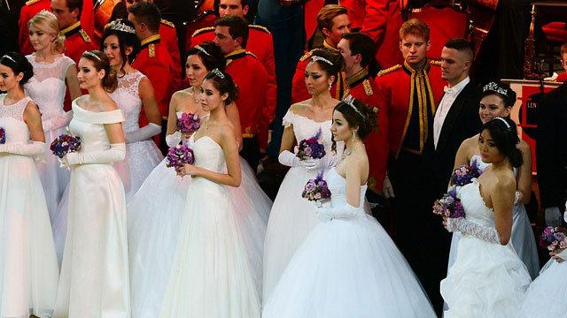 Rus kızları görücüye çıktı