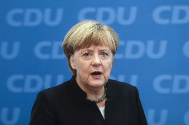 Poroşenko ile Merkel görüştü