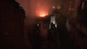 Eyüp'te çıkan yangında 3 yaşındaki çocuk yanarak öldü