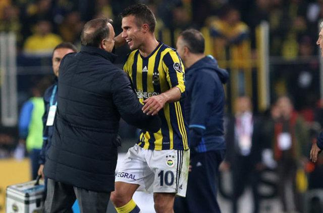 Aziz Yıldırım, Galatasaray'ın 11'ini bildi!