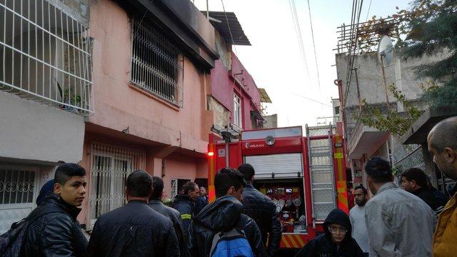 Adana'da evinde yangın çıkan engelli vatandaş kurtarılamadı