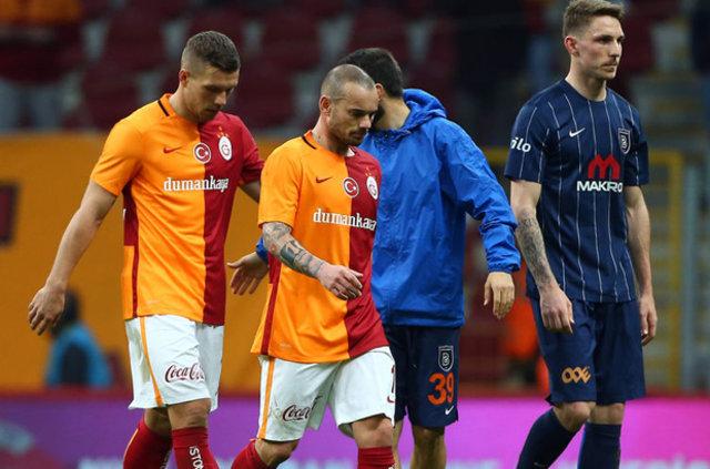 Sneijder ve Poldolski Galatasaray'dan ayrılacak mı?