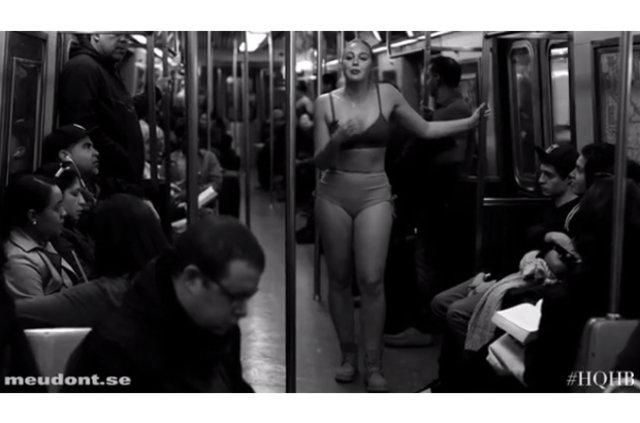 Iskra Lawrence metroda soyundu