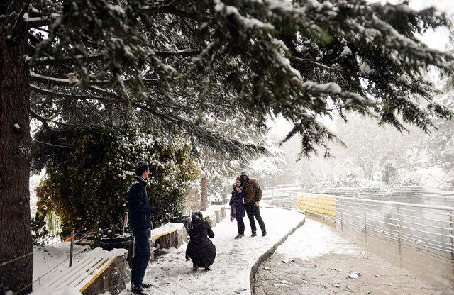İran'a mevsimin ilk karı yağdı