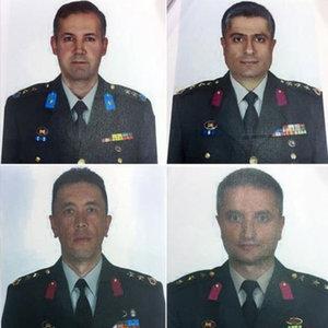 Firari 6 FETÖ komutanı