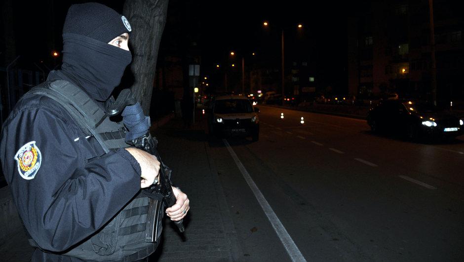 İstanbul silah ihbar otobüs