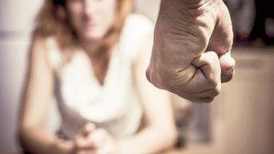 Almanya'da 127 bin kişi eşinden şiddet görüyor