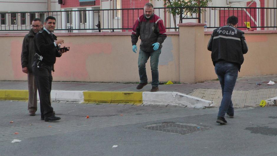 İstanbul Beylikdüzü ailesini rehin alan vuruldu
