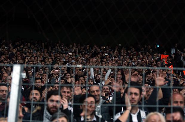 işaret diliyle tezahürat (Beşiktaş - Benfica)