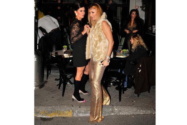 Pınar Altuğ, kıyafetiyle ilgi odağı oldu