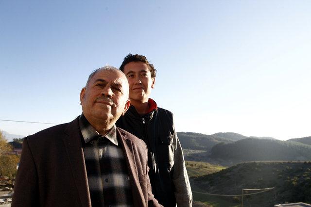 Kahramanmaraş'ta emekli öğretmen Metin Aydın kendini engellilere adadı