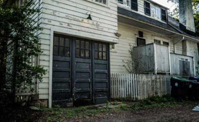 Satın altığı evin garajından sürpriz çıktı!