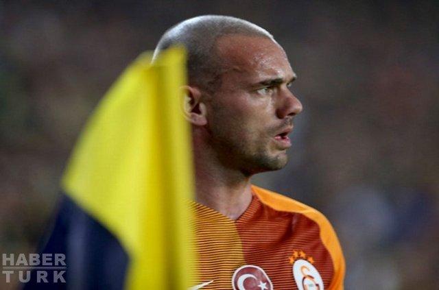 Wesley Sneijder kendine geldi
