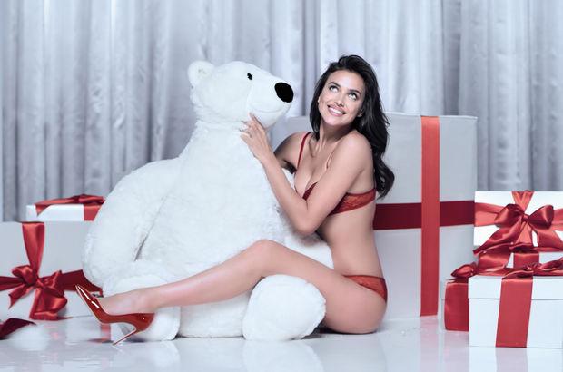 Irina Shayk Noel'e hazır!