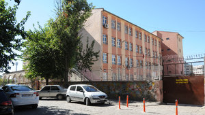 Diyarbakır'da açığa alınan 2254 öğretmen göreve iade edildi