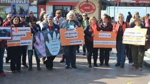 Balıkesir'de kadınlar şiddete karşı eylem yaptı