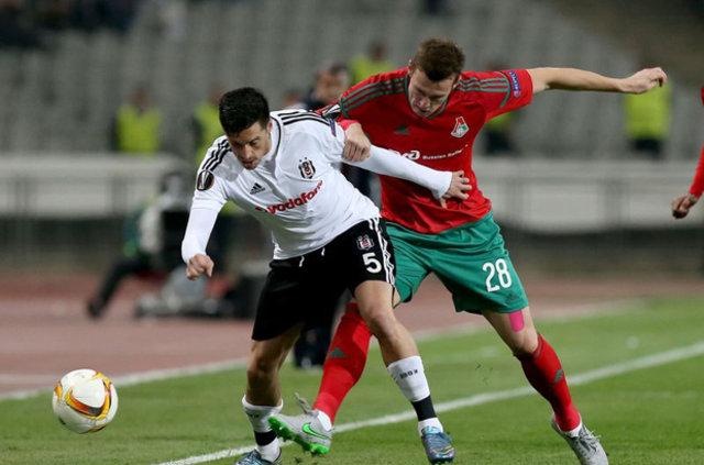 Fenerbahçe Sosa ile görüşüyor
