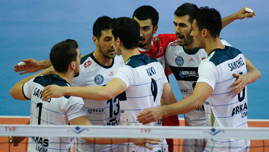 Tokat Belediye Plevne: 1 - Arkas Spor: 3