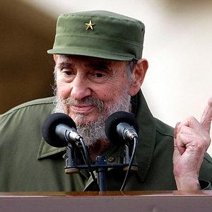 Liderlerden Castro mesajları! Trump tweet attı...