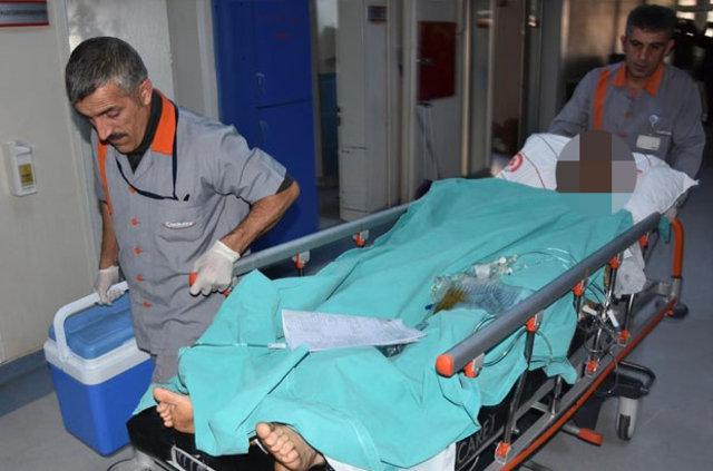 Sivas'ta 23 yaşındaki genç testereyle kendi ellerini koparttı