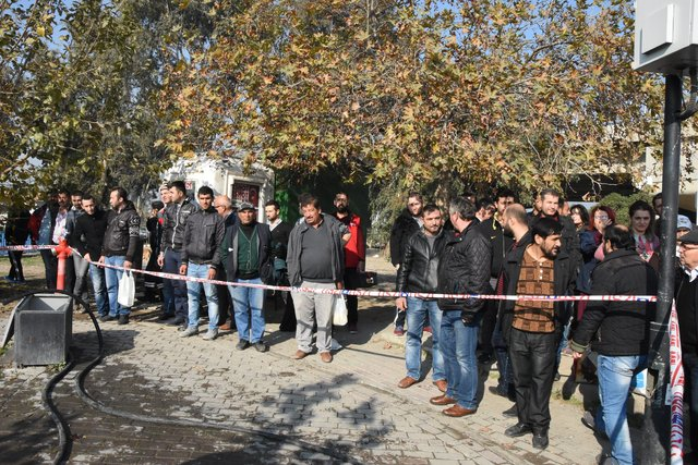 İzmir'de derede ceset bulundu