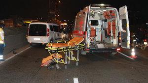 Yolun karşısına geçmeye çalışan ana kız öldü