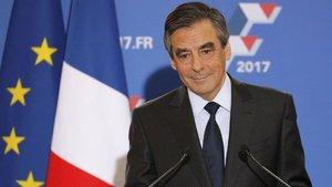 Fransa'da Cumhuriyetçilerin cumhurbaşkanı adayı Fillon oldu
