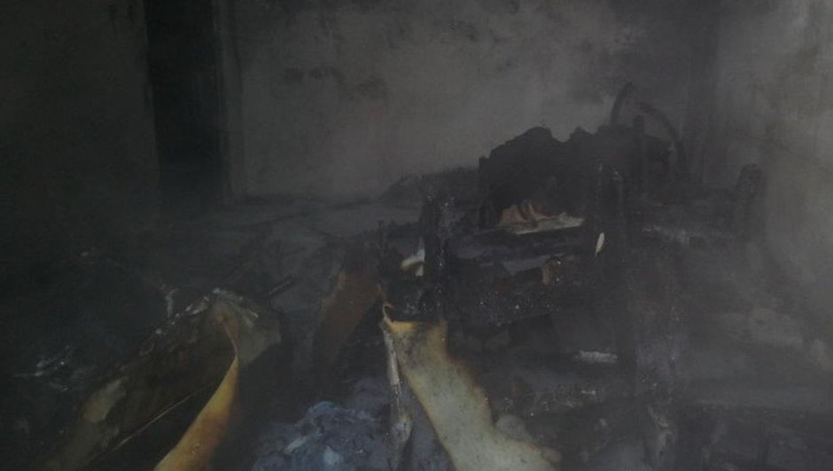 izmir'de ev yangını