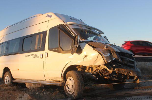 Karaman'da işçileri taşıyan servis kaza yaptı