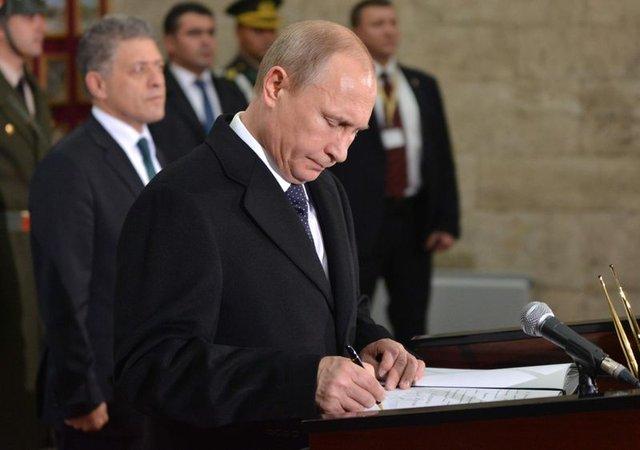 Putin kaleleri içeriden fethediyor!