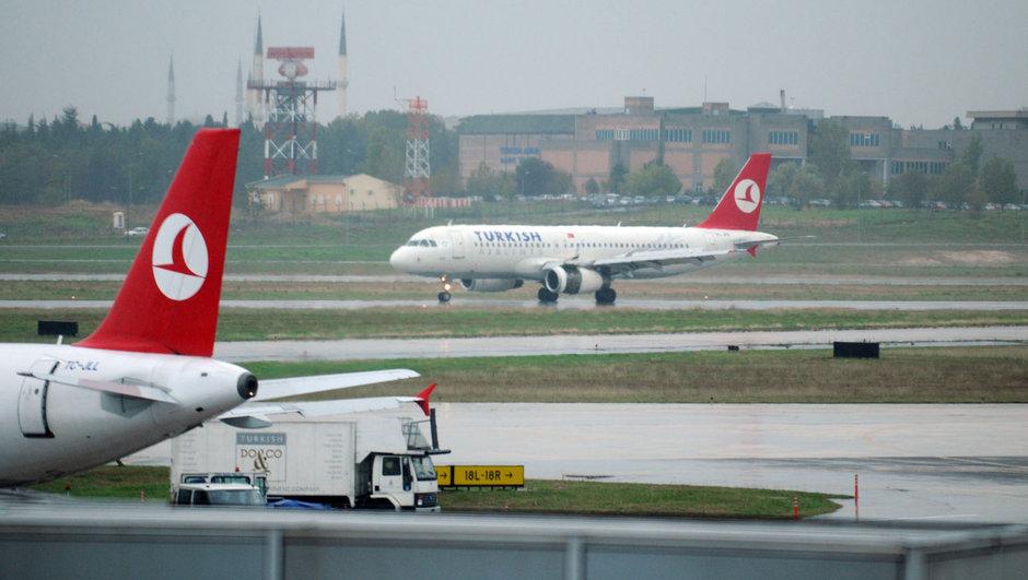 thy yolcu uçağı
