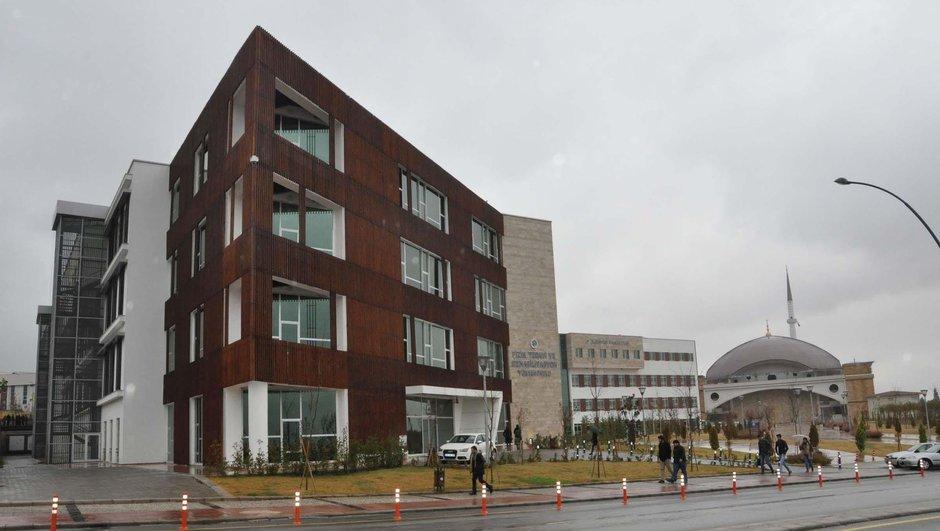 Denizli Pamukkale Üniversitesi