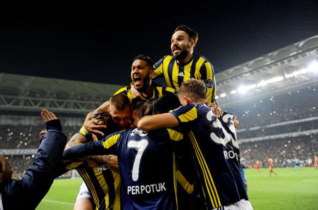 Fenerbahçe'nin Beşiktaş 11'i belli oldu