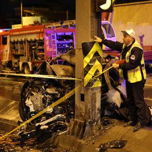 İstanbul'da şok kaza! Yanarak can verdiler!