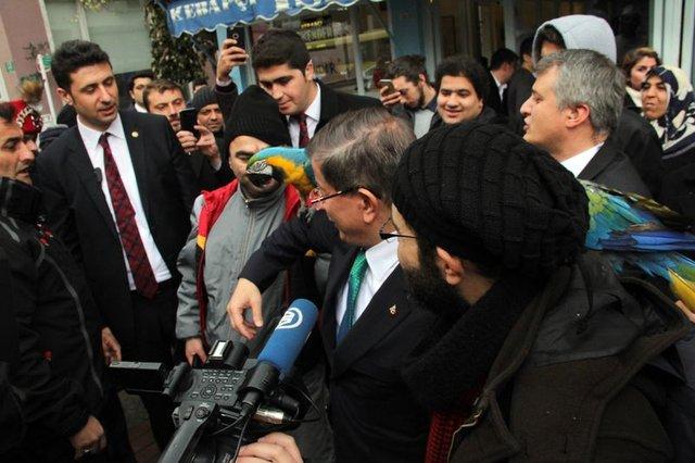 Ahmet Davutoğlu'nun zor anları